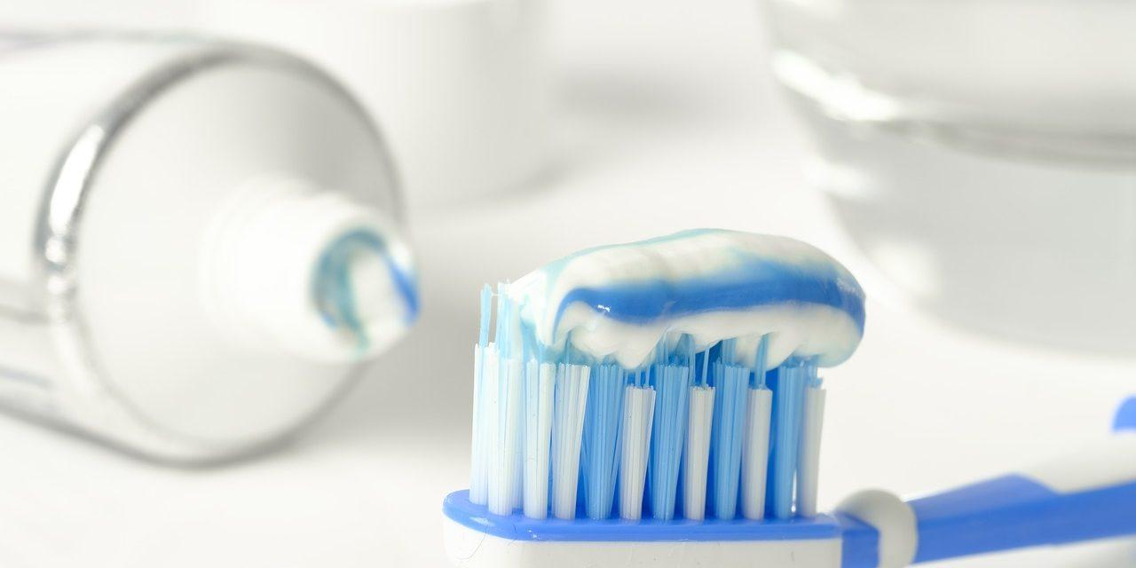 Moet ik investeren in een elektrische tandenborstel?