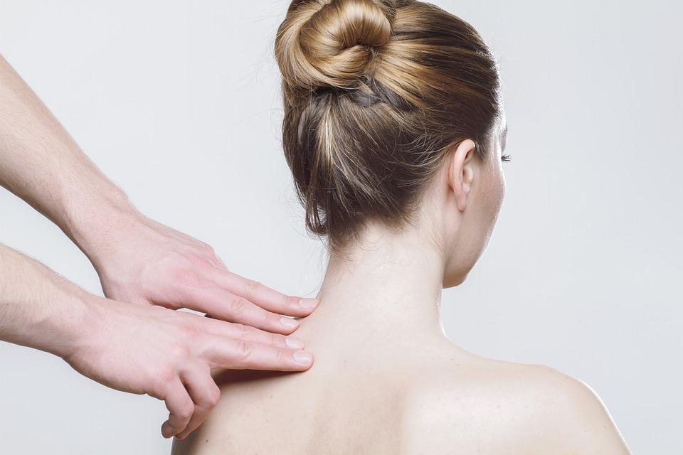 Wat is chiropractie en tegen welke klachten helpt het?