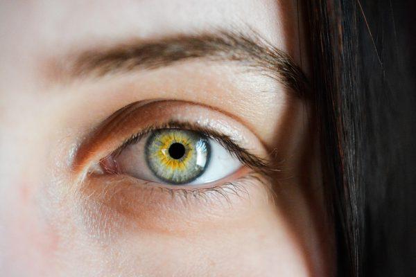 Onder- en bovenooglidcorrectie: minder wallen en beter zicht